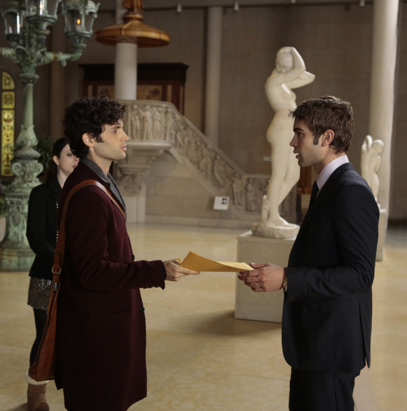 Penn Badgley as Dan, Michelle Trachtenberg as Georgina, and Chace Crawford as Nate on Gossip Girl.