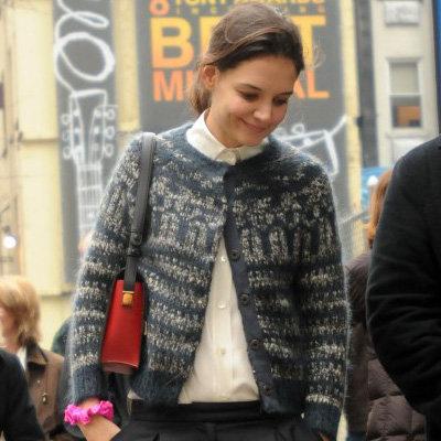 Katie Holmes Wearing Knit Cardigan