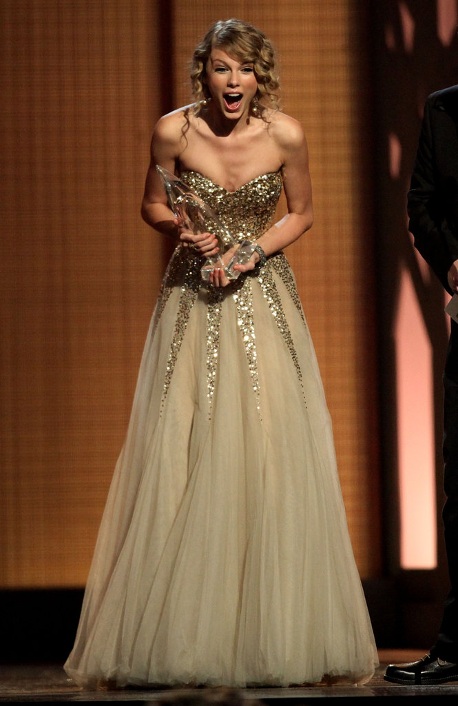 She was shocked upon winning an award at the CMAs in November 2009.