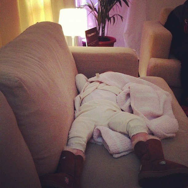 Willow Hart looked tired out backstage while mama Pink performed at the Jingle Bell Ball. Source: Instagram user pink