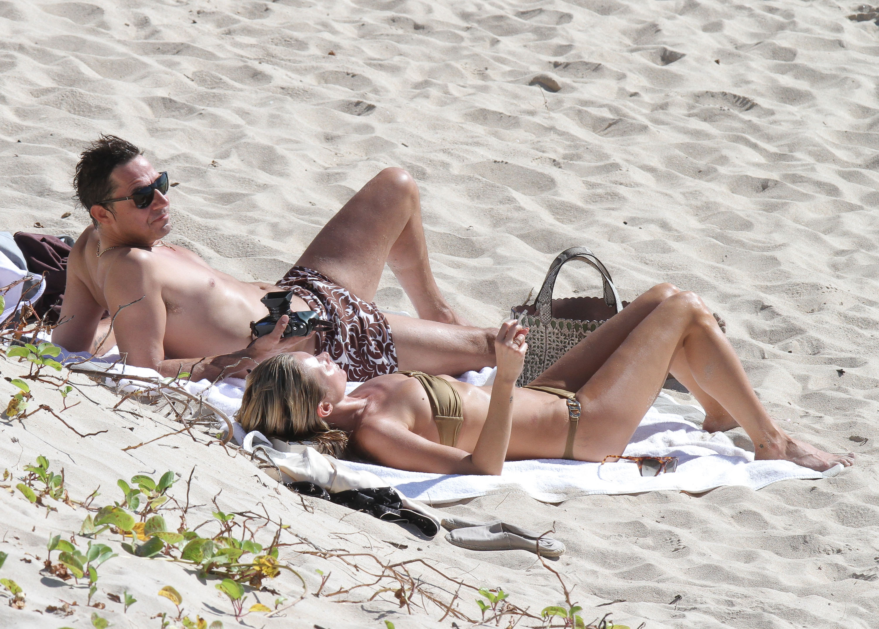 Kate Moss soaked up the rays.