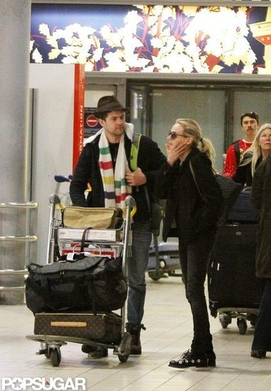 Diane and Josh Arrive in Paris Just in Time For Christmas