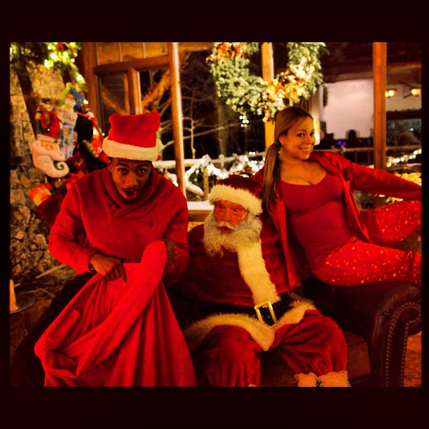 Nick Cannon and Mariah Carey posed with Santa. Source: Instagram user nickcannongram