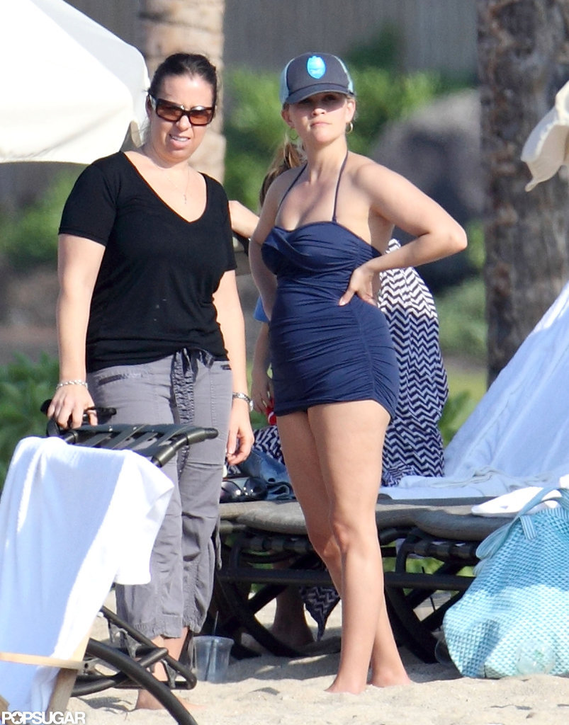 Reese Witherspoon wore a navy swimsuit.