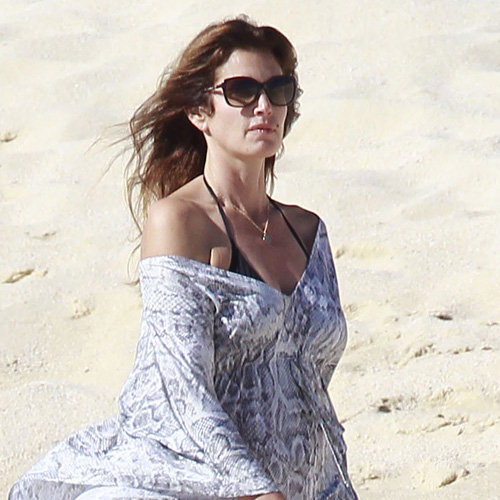 Cindy Crawford on the Beach in Los Cabos – HawtCelebs |Cindy Crawford Cabo