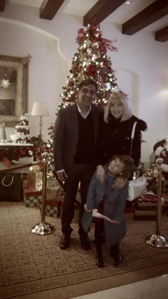 Honor Warren enjoyed a visit from her grandparents during Christmas. Source: Twitter user jessicaalba
