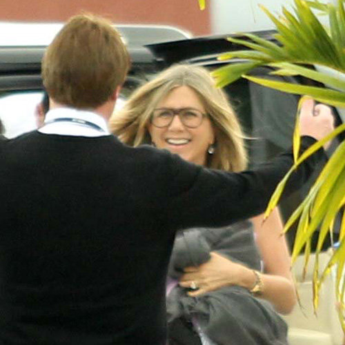 Jennifer Aniston and Justin Theroux Leave Cabo | Pictures