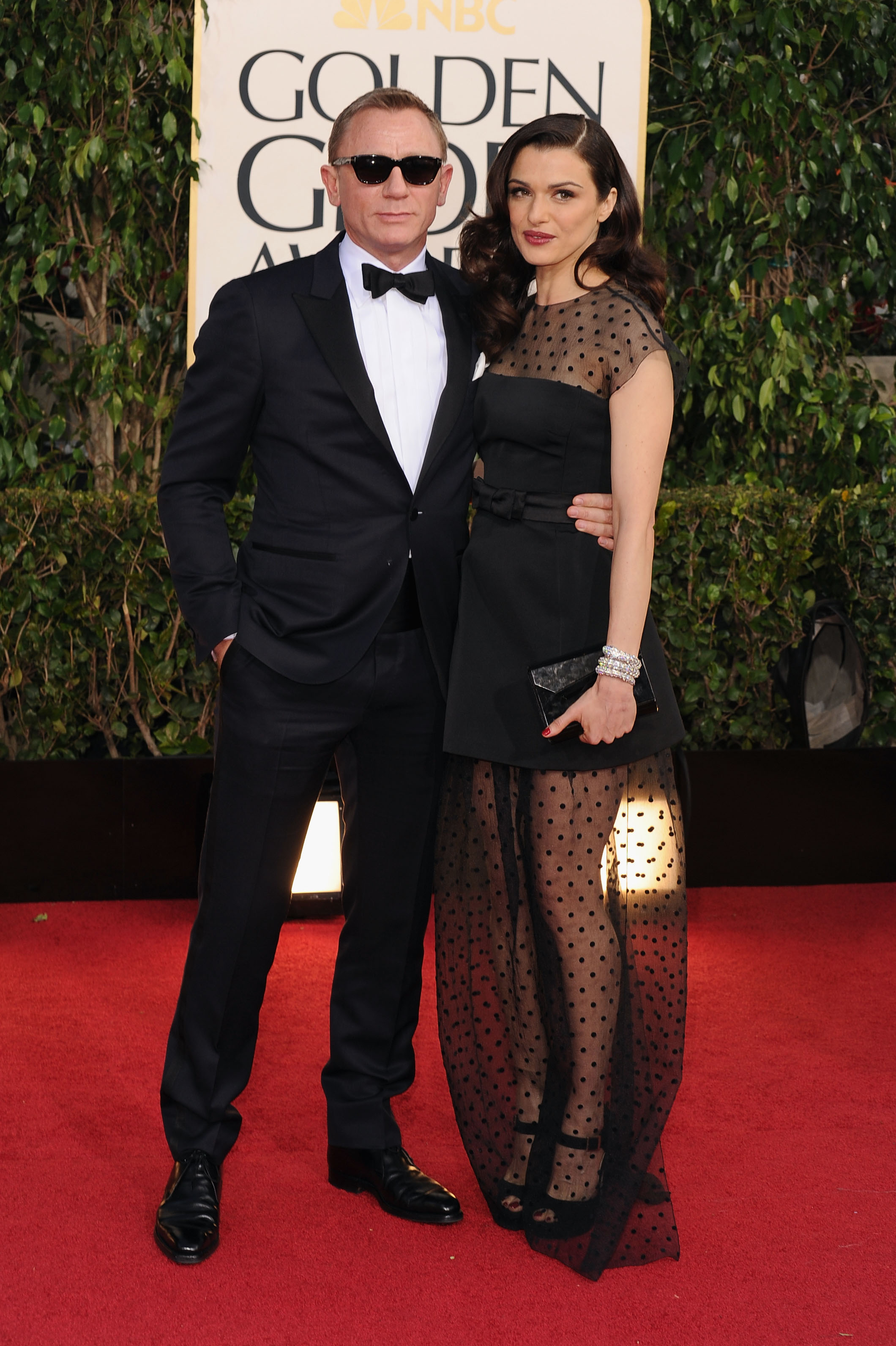 Daniel Craig and Rachel Weisz made one seriously hot couple as they posed together on the Golden Globes red carpet.