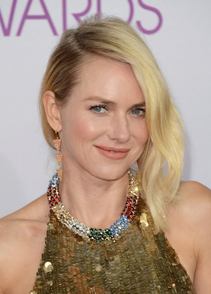 Naomi Watts Goes Backless in Gold at the PCAs
