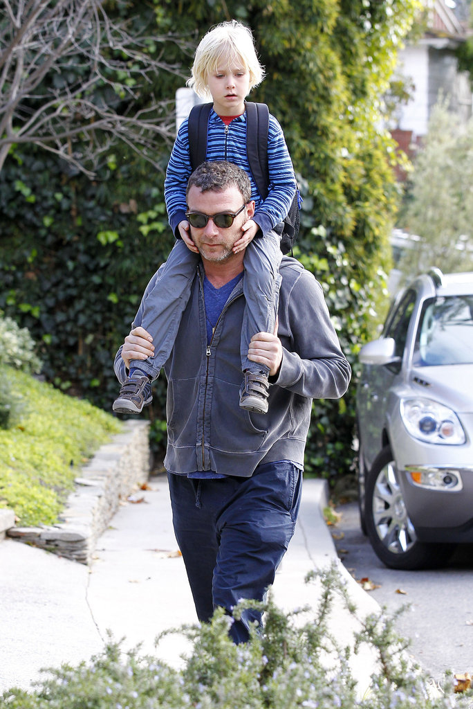 Liev Goes on Dad Duty While Naomi Prepares For the Red Carpet