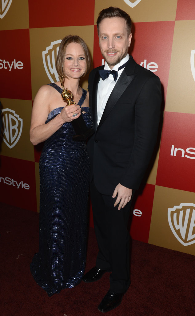Ariel Foxman posed with Jodi Foster and her award.