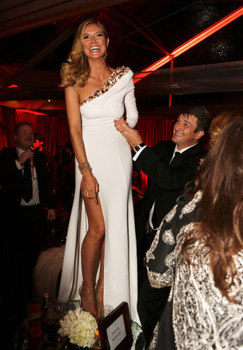 Heidi Klum danced on a table at a post-Golden Globes event.