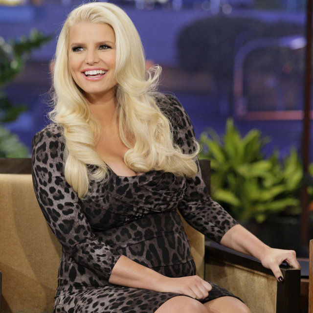Jessica Simpson Pregnant Pictures on The Tonight Show
