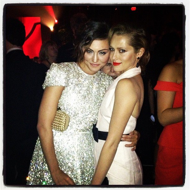 Callan McAuliffe photobombed Phoebe Tonkin and Teresa Palmer's picture at a Golden Globes after party. Source: Instagram user tez_palmer