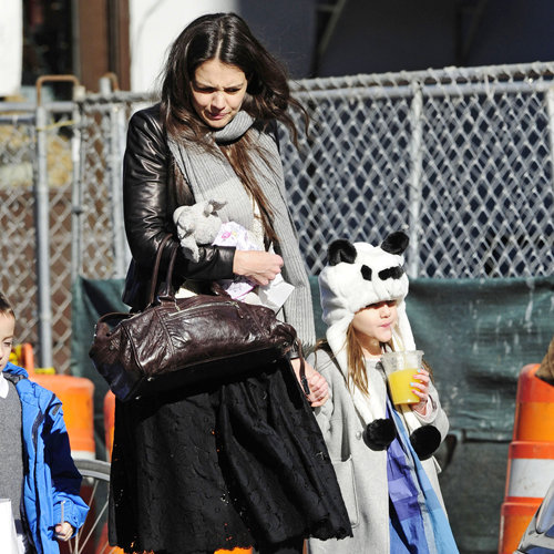 Katie Holmes With Suri Cruise in Panda Hat (Pictures)