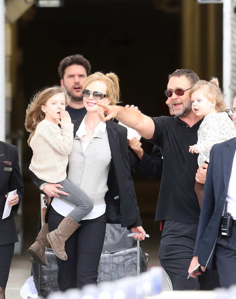 Russell Crowe was on hand for Nicole Kidman's arrival at Sydney Airport.