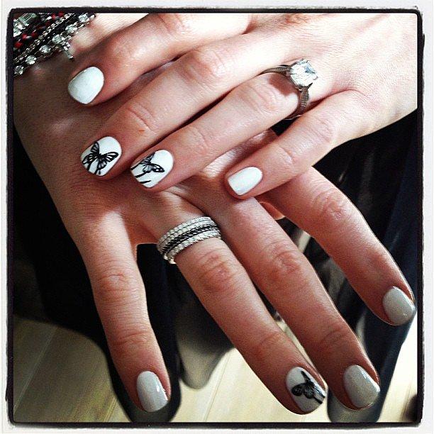 Anne Hathaway's Nail Designs