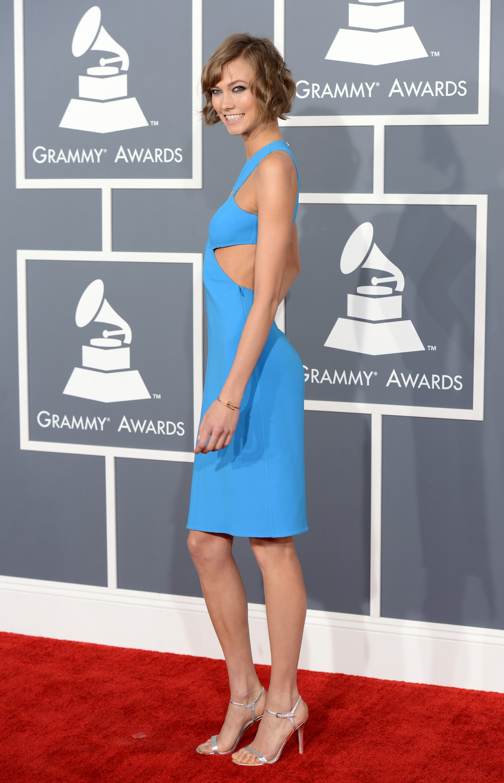 Karlie Kloss posed on the Grammys red carpet.
