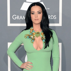 Katy Perry Pictures in Green Gucci Dress at 2013 Grammys