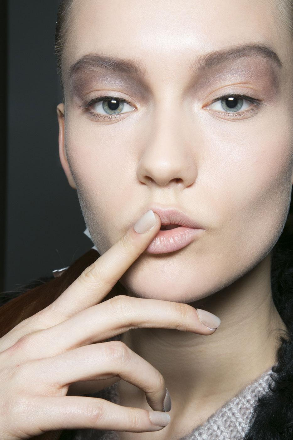Mannequin Nails