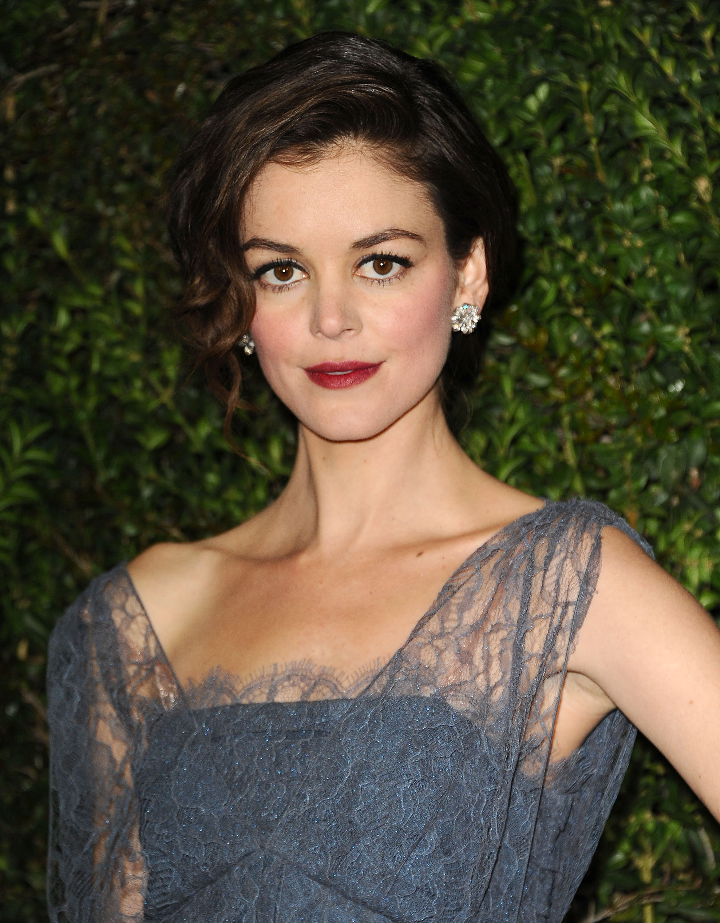 Nora Zehetner photo 94