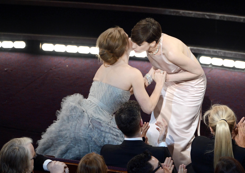 Anne Hathaway and Amy Adams hugged.