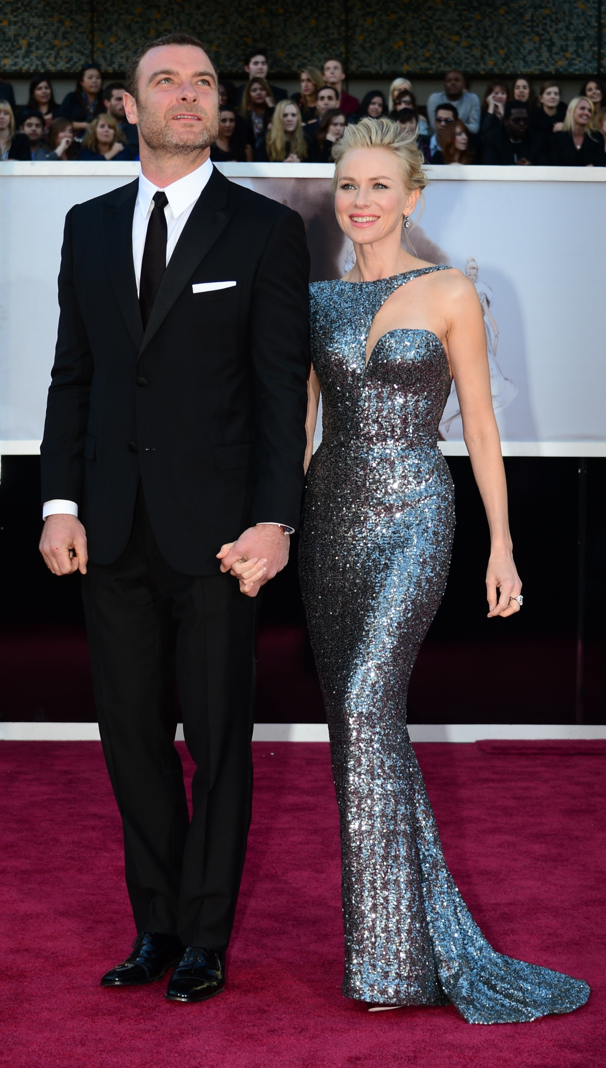 Naomi Watts and Liev Schreiber on the red carpet at the Oscars 2013.