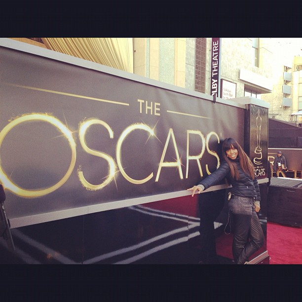 Kelly Rowland posed with the Oscars sign on Saturday. Source: Instagram user kellyrowland