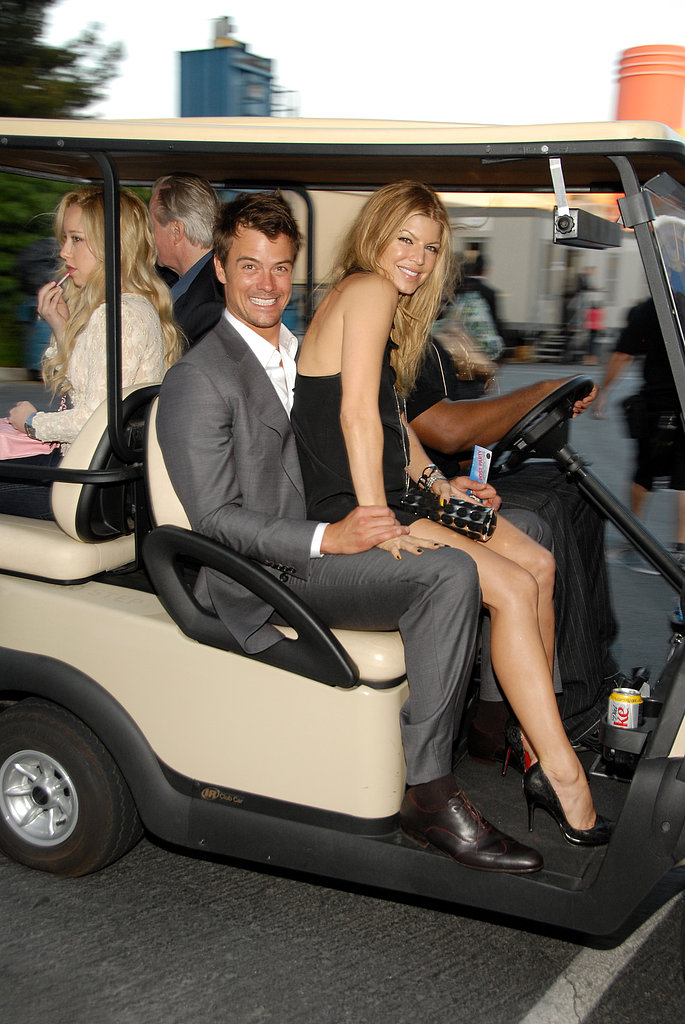 Josh Duhamel and Fergie rode on a golf cart at the June 2007 MTV Movie Awards.