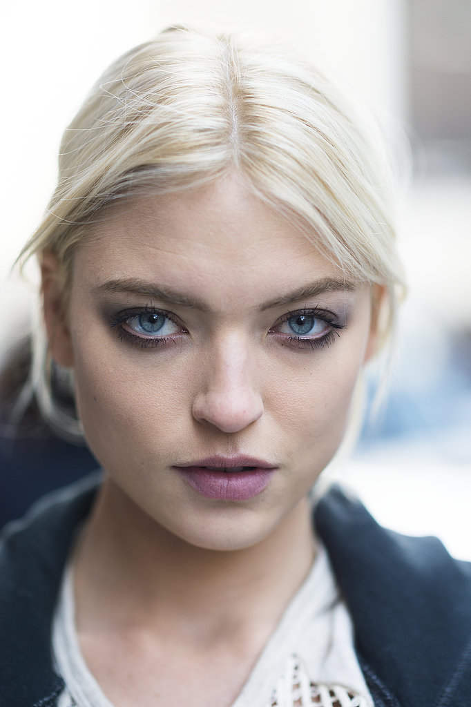 Martha Hunt loaded up on mascara and paired it with a light aubergine lip hue for a trendy look. Source: Le 21ème   Adam Katz Sinding