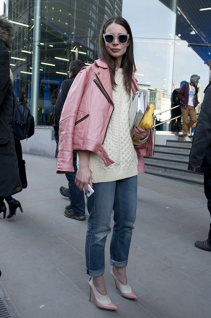 This showgoer kept her leather jacket and heels color-coordinated in a soft shade of petal-pink.