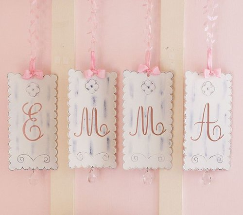 Ribbon Tin Letters