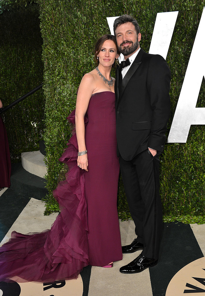 Ben Affleck and Jennifer Garner posed on their way into  Vanity Fair's after-party.