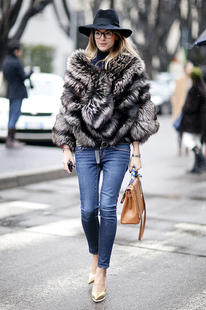 Geeky-chic specs add a preppy vibe to a furry topper and skinny jeans — how very Jenna Lyons.