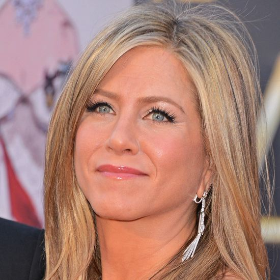 Jennifer Aniston Without Makeup Jpg Pictures to pin on ... Jennifer Aniston Makeup
