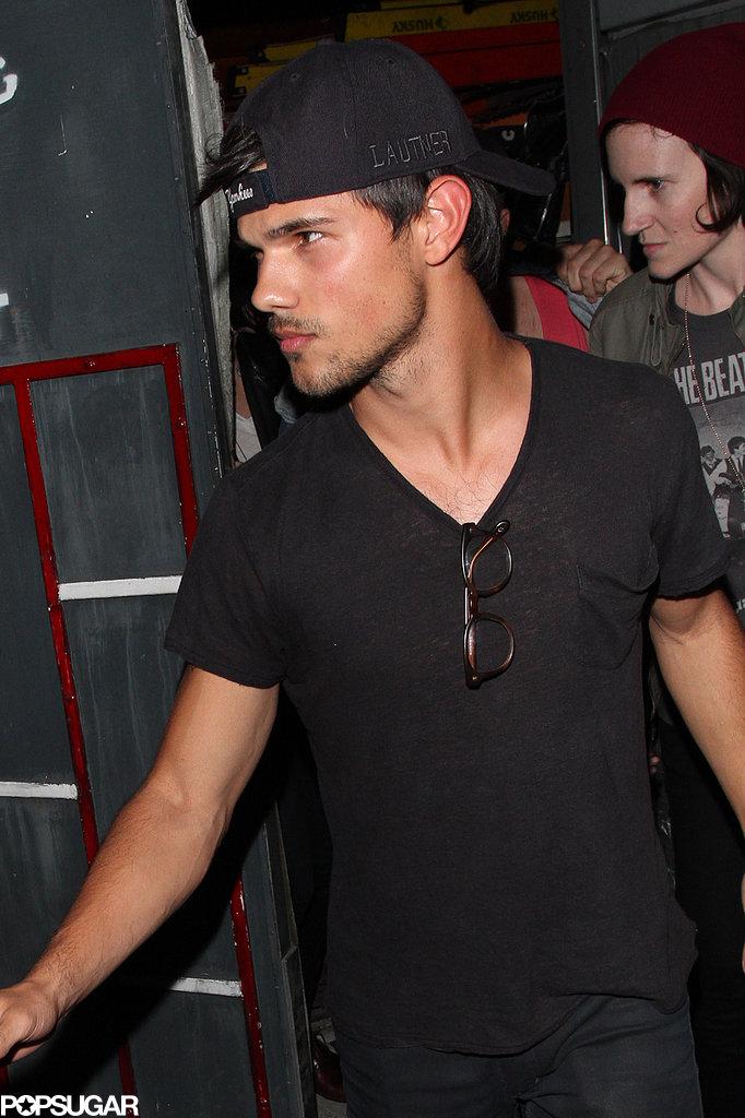 Kristen Stewart and Taylor Lautner Catch a Concert Sans Robert Pattinson