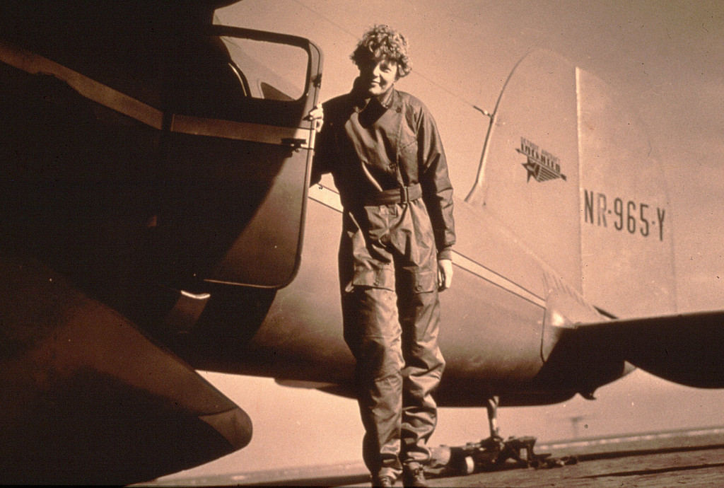First Woman to Fly the Atlantic: Amelia Earhart