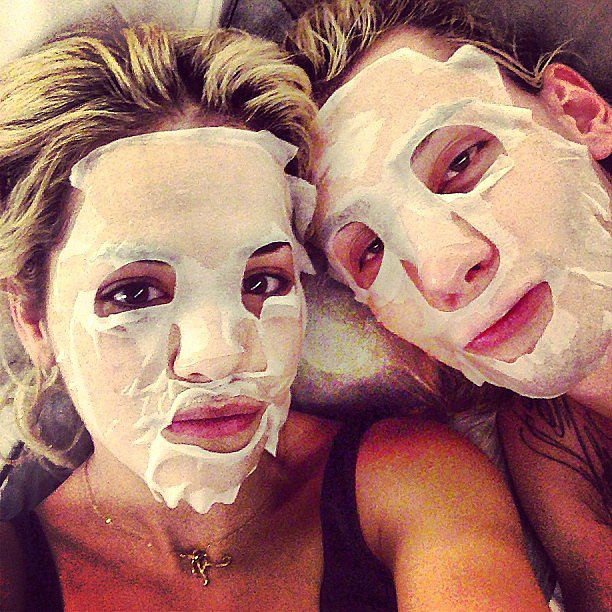 Rita Ora shared her interesting beauty regimen with a pal. Source: Instagram user ritaora