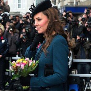 Kate Middleton's Teal Coat on the London Tube   Video