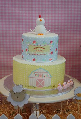 A Barnyard Cake