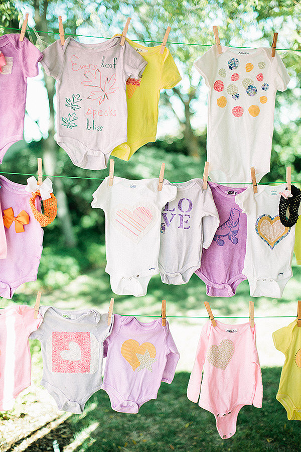 Onesie decorating activity 36 tips and tricks to make for Baby shower canopy decoration