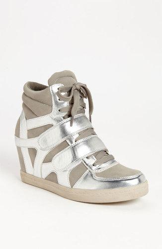 N.Y.L.A. 'Blinder' Sneaker