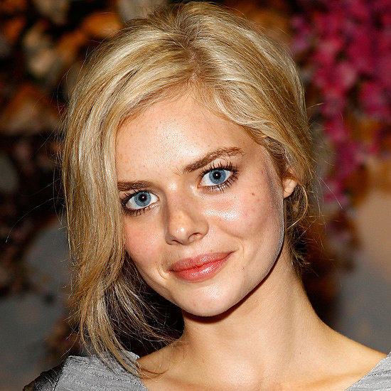 Samara Weaving at Aje