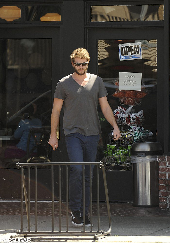Liam Hemsworth had lunch at Sweetsalt restaurant in Toluca Lake, CA.