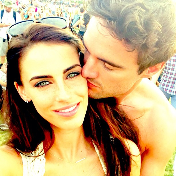 Jessica Lowndes and her new boyfriend Thom Evans snuggled during Coachella weekend one in Indio, CA.  Source: Instagram user jessicalowndes