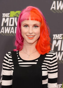 Pictures of Hayley Williams at 2013 MTV Movie Awards