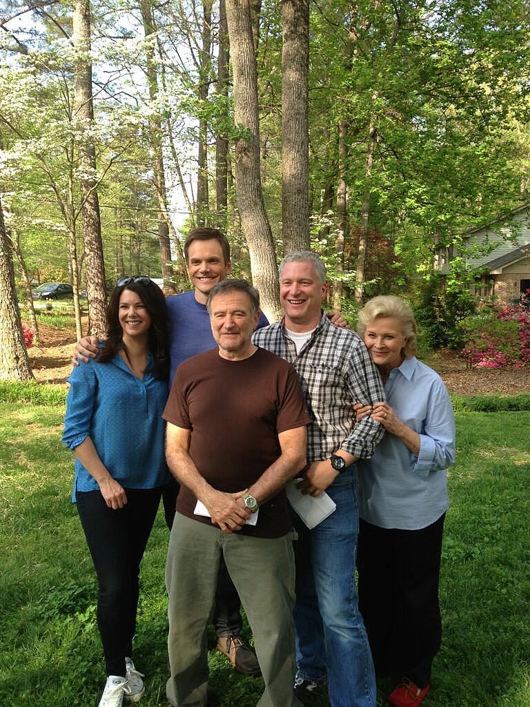 Robin Williams Family Robin williams posed his movie