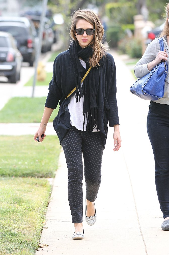 Jessica's polka-dot Current/Elliott jeans lent a whimsical touch to her casual-cool LA look.