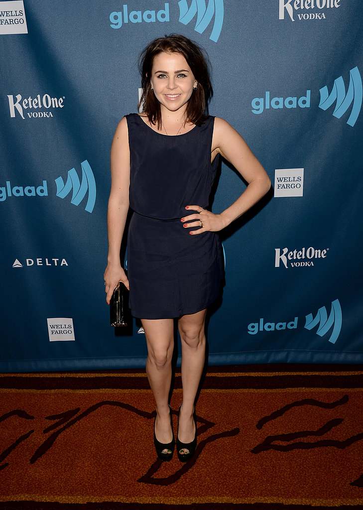 Mae Whitman kept it simple in a black shift dress and ...