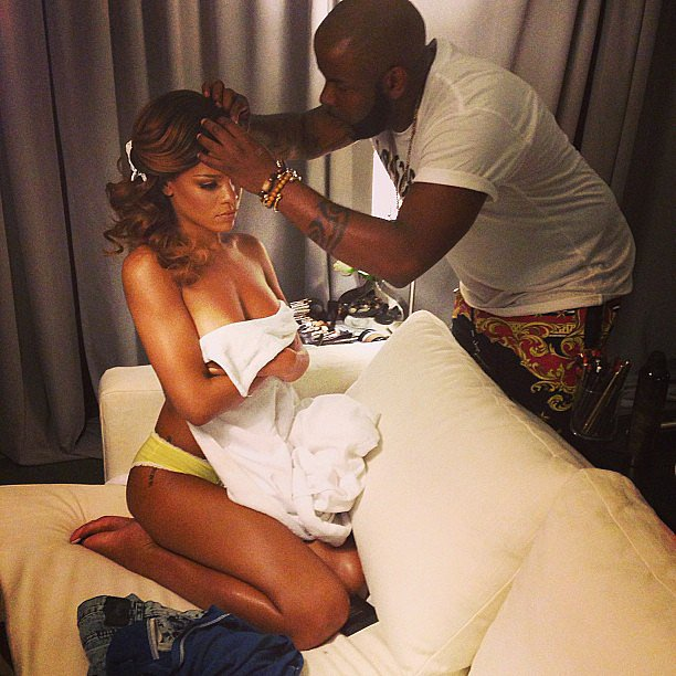 Rihanna got her hair and makeup touched up before hitting the stage on her Diamonds World Tour. Source: Instagram user badgalriri